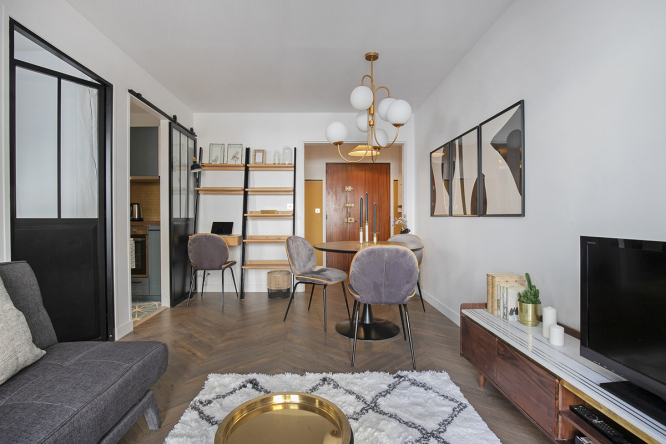 Renovated apartment by Marie Lacote (Velvet Jungle Interiors)