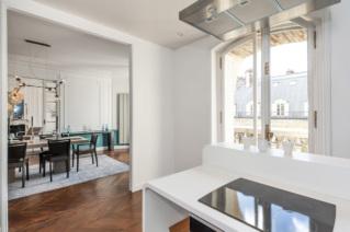 Appartements parisiens haussmanniens à louer
