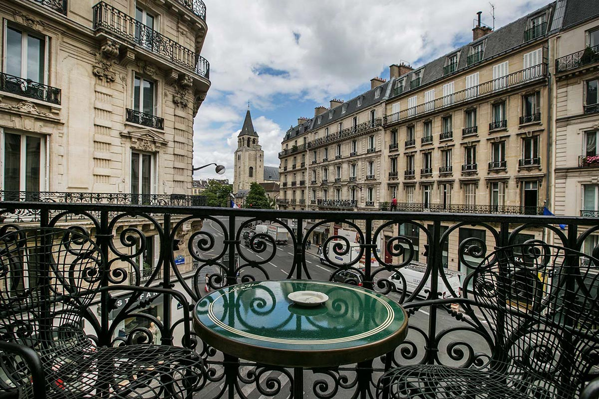 Architecture - Renovation of Paris, and the Baron Haussmann era