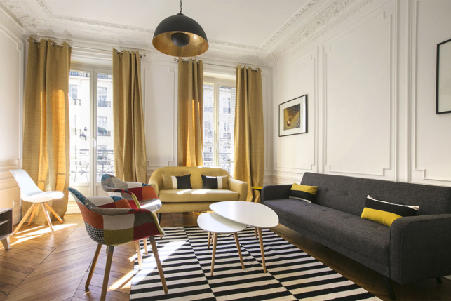 Living-room in a Haussmannian apartment