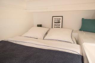 Studio apartment rental Paris Notre-Dame-des-Champs