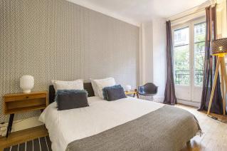 chambre acceuillante appartement reposant capitale Paris