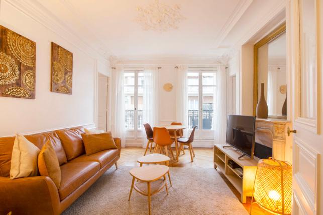 Appartement lumineux à louer Paris 17