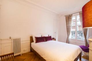 Louer appartement haussmannien deux chambres Paris