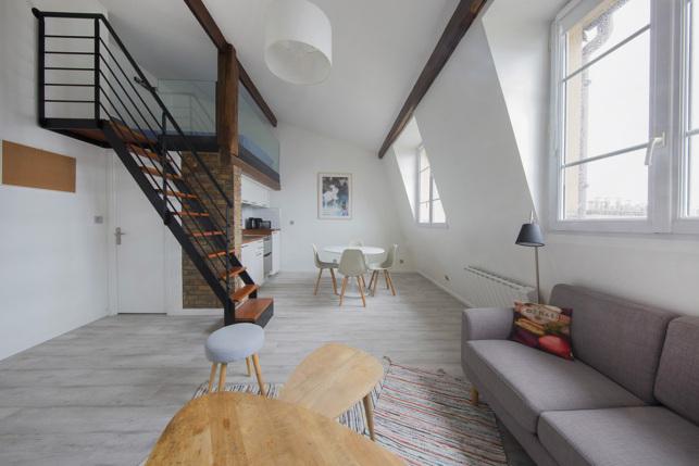 Studio meublé à louer spacieux et lumineux