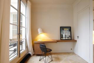 Astuces déco bureau appartement meublé bois