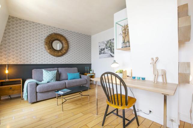 Location meublée Paris une chambre bureau