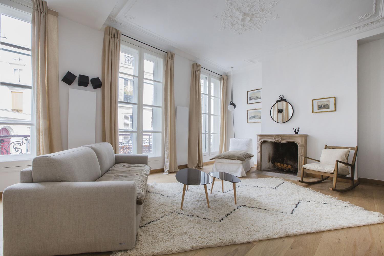 districts of paris book your paris apartment. Black Bedroom Furniture Sets. Home Design Ideas