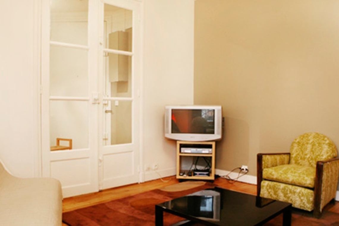 Apartment Paris Rue Raynouard 3