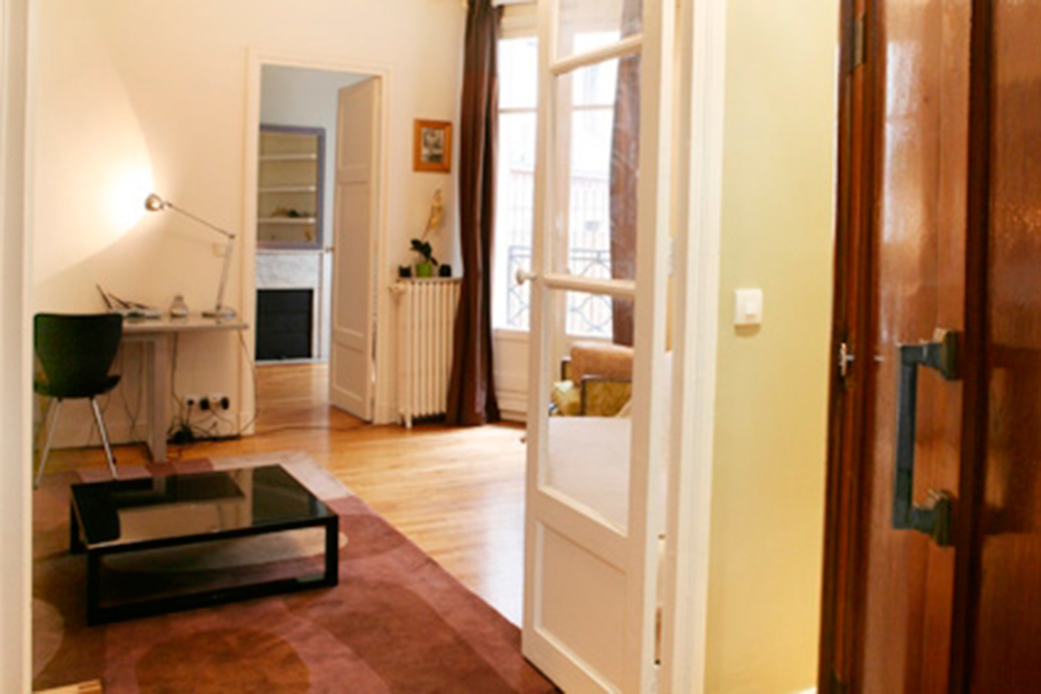 Apartment Paris Rue Raynouard 4