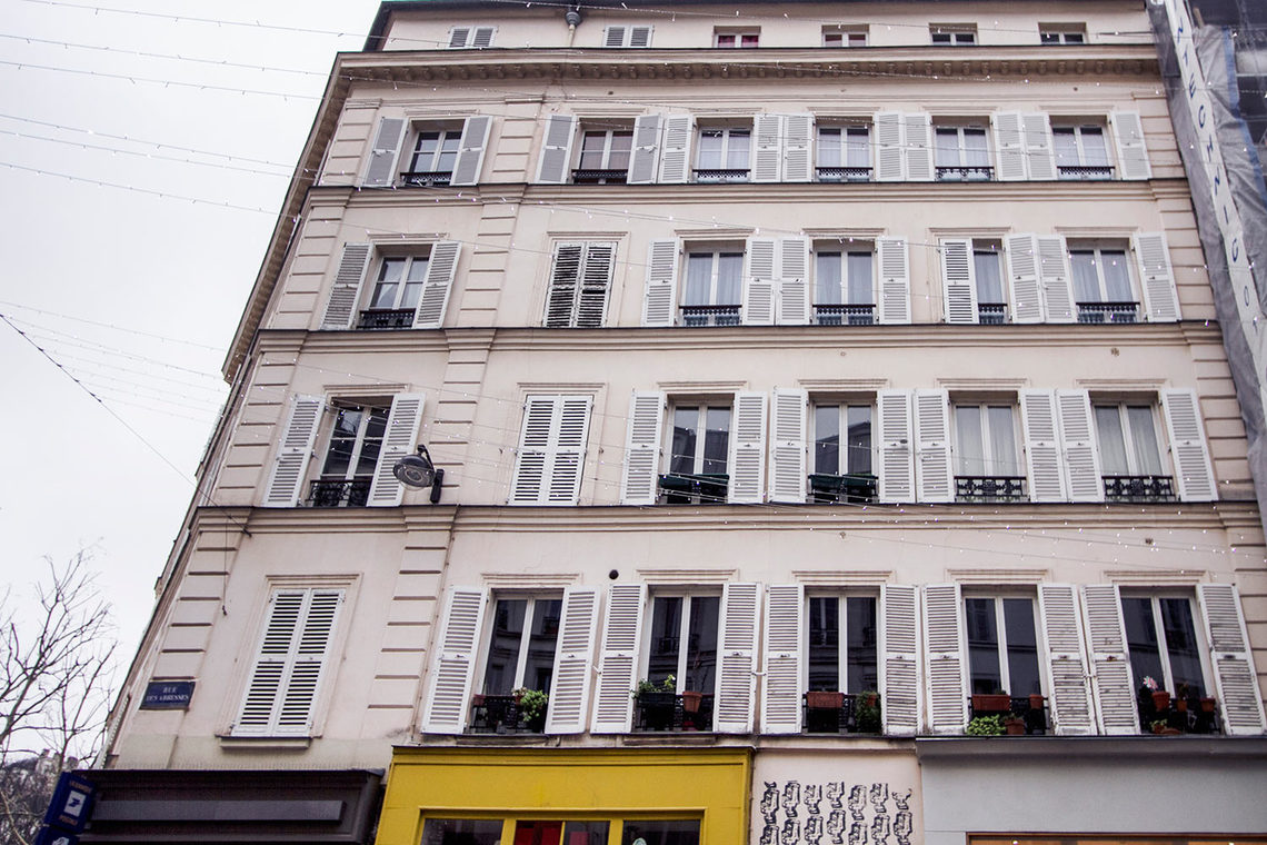 Appartement Paris Rue des Abbesses 9