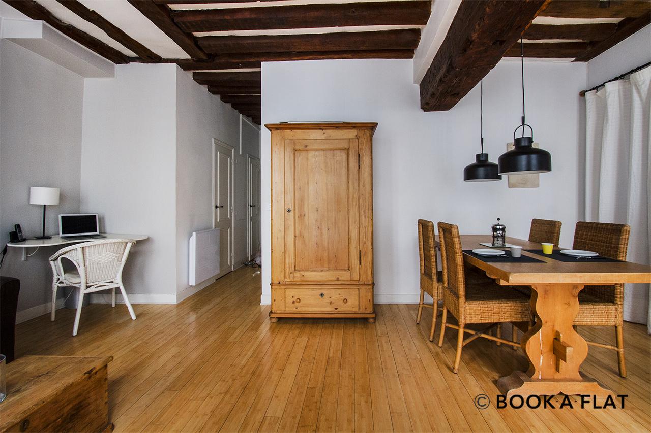 Location appartement meubl rue gr goire de tours paris for Location meuble tours