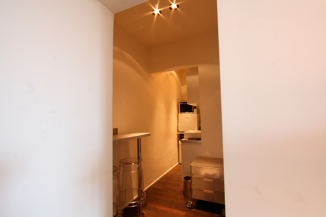 Apartment Paris Rue de Varenne 9