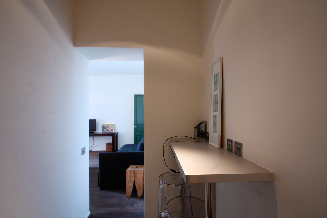 Apartment Paris Rue de Varenne 12
