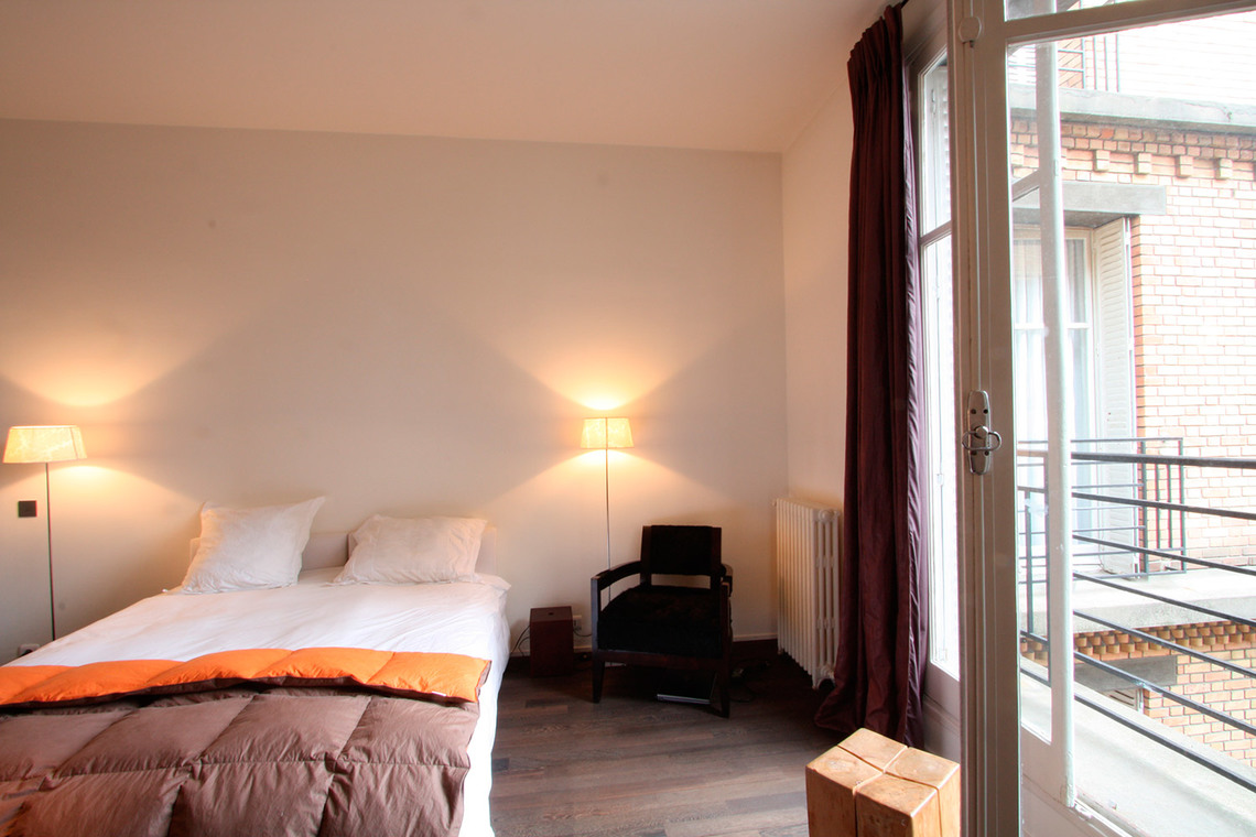 Apartment Paris Rue de Varenne 2