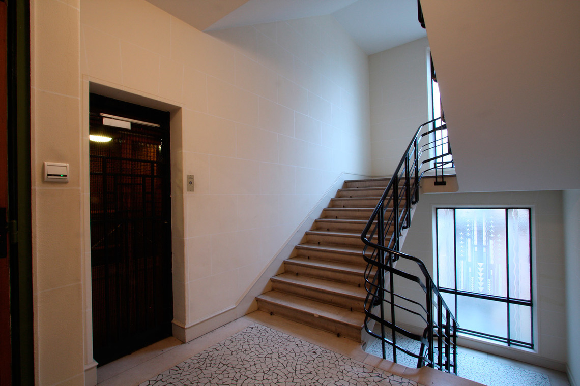Apartment Paris Rue de Varenne 16