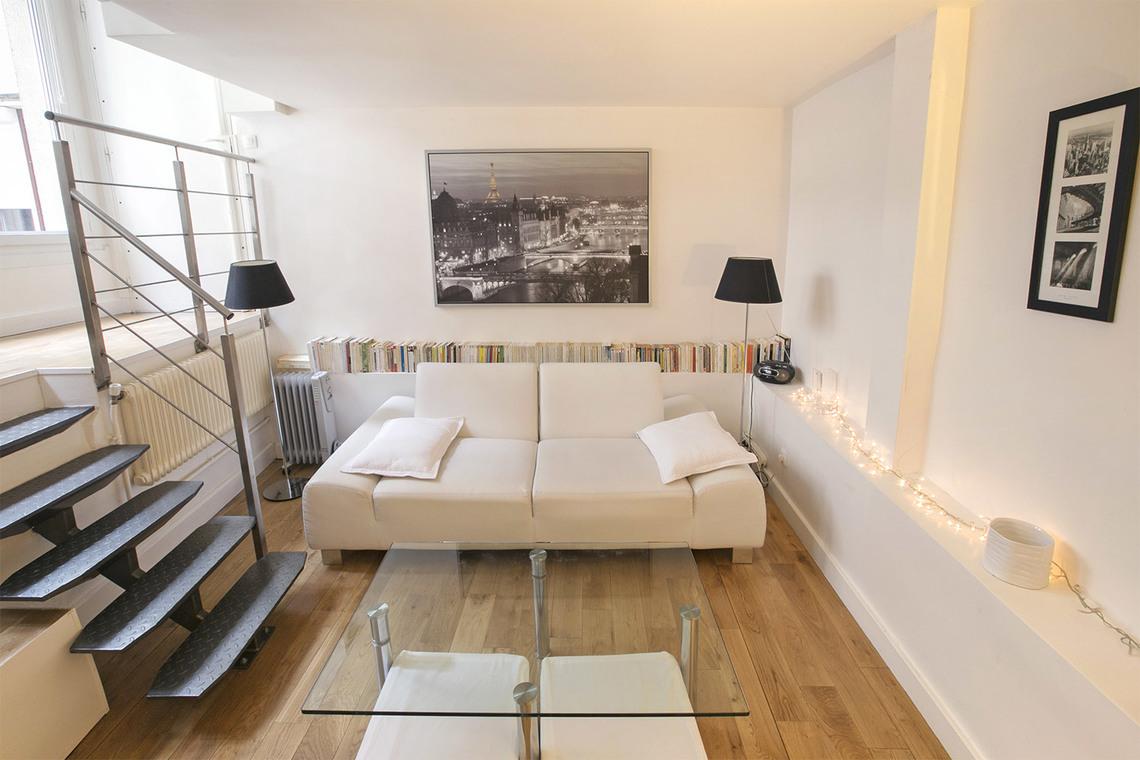 Appartamento in affitto rue fabert paris ref 0151 for Appartement paris location