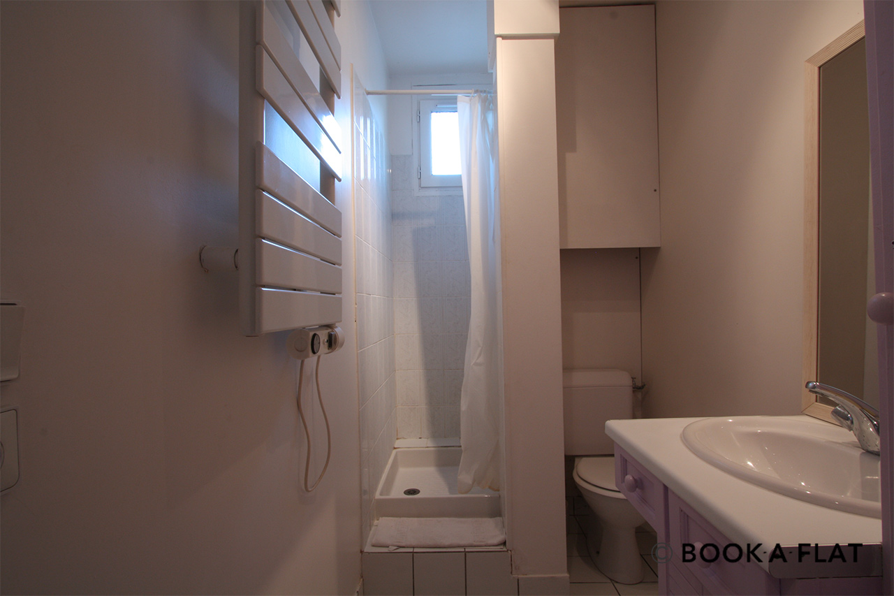 Apartment Paris Rue Rodier 10