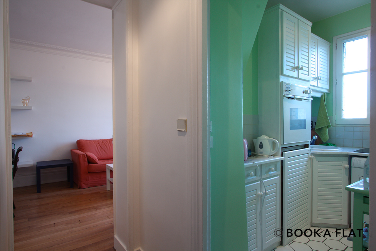 Apartment Paris Rue Rodier 9