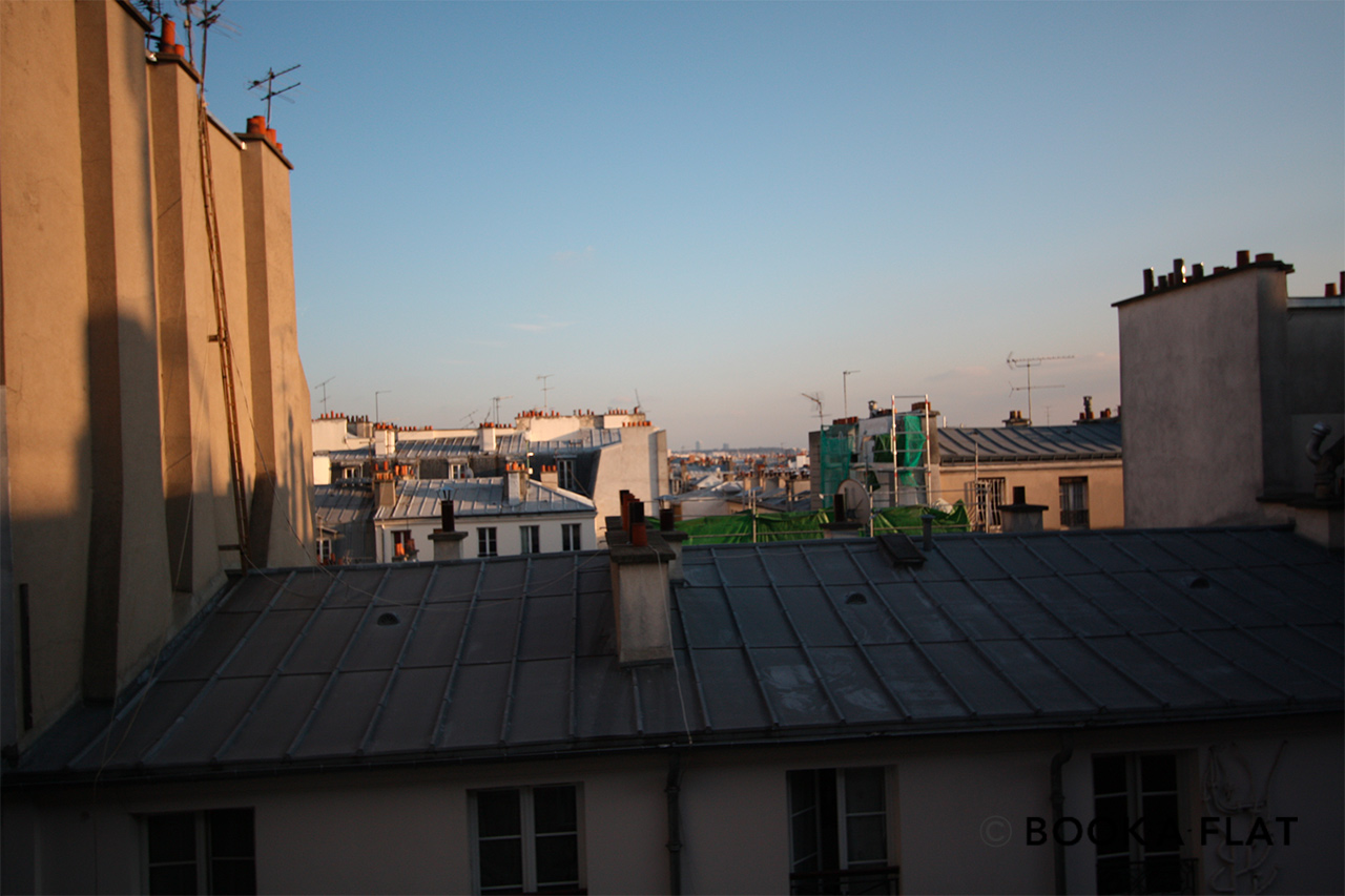 Apartment Paris Rue Rodier 11