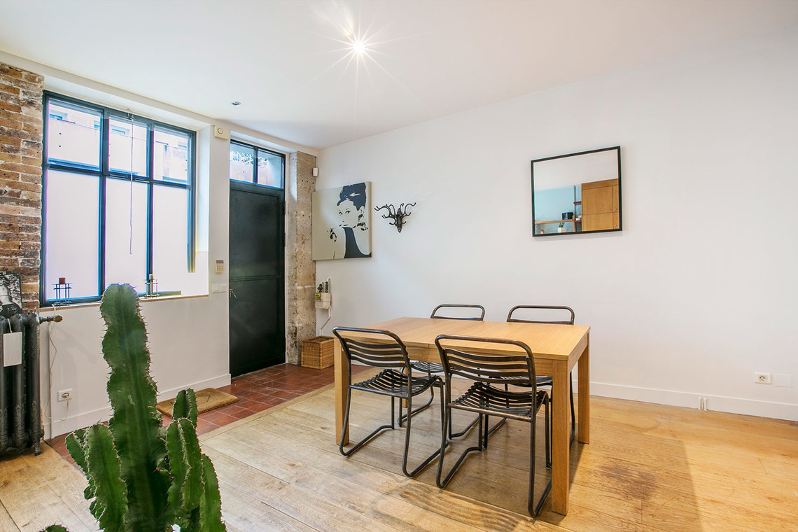 Appartement Paris Rue d'Aix 2