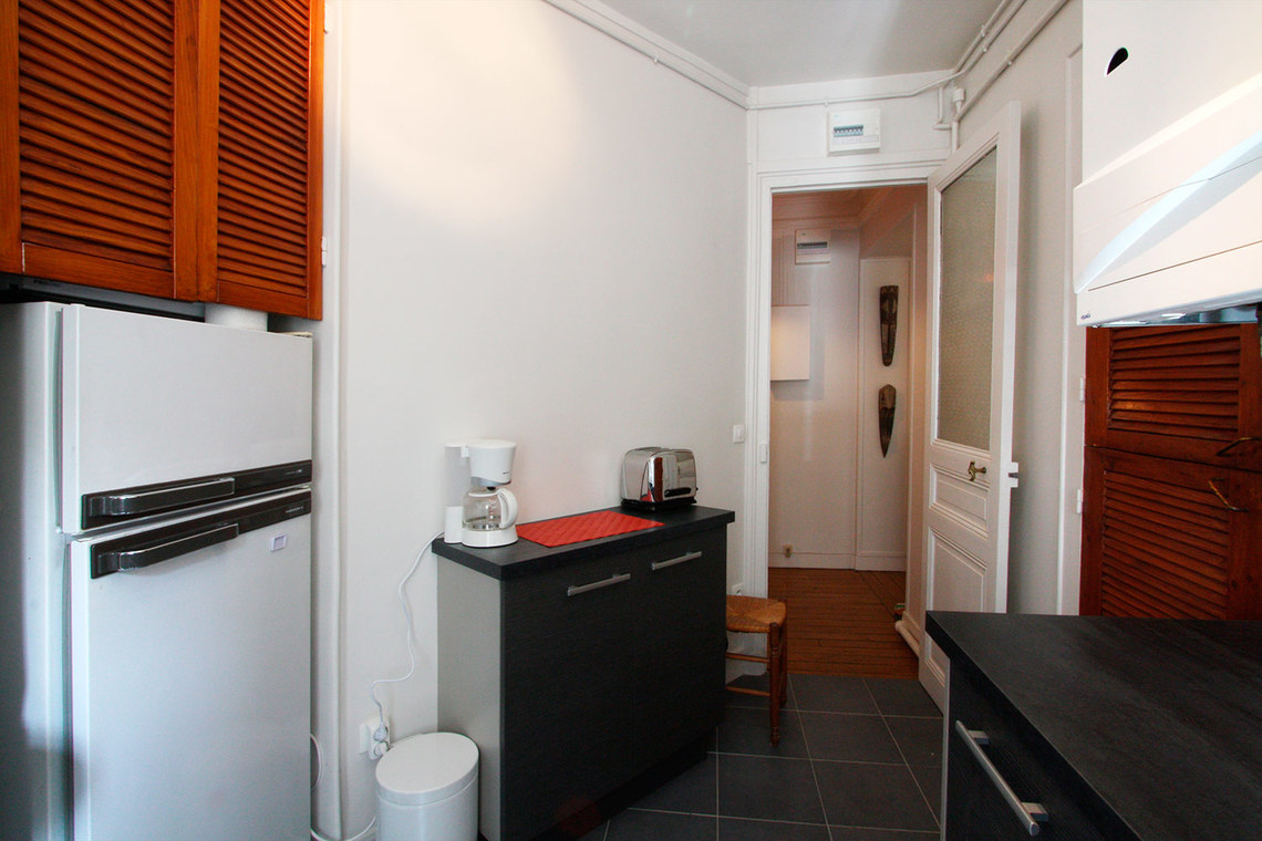 Appartement Paris Rue Pierre Demours 9
