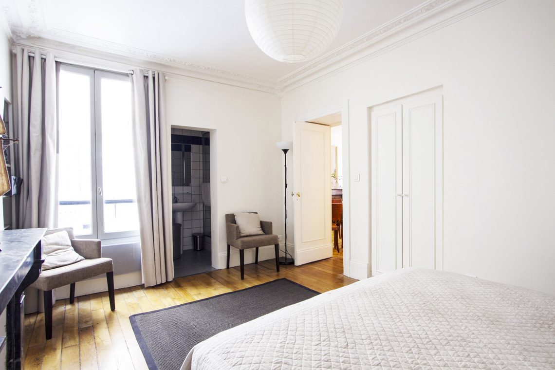 Apartment Paris Rue de Ponthieu 6