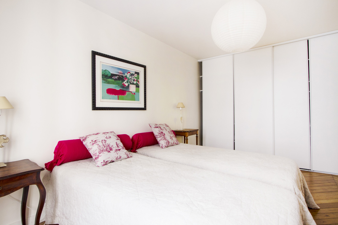 Apartment Paris Rue de Ponthieu 9