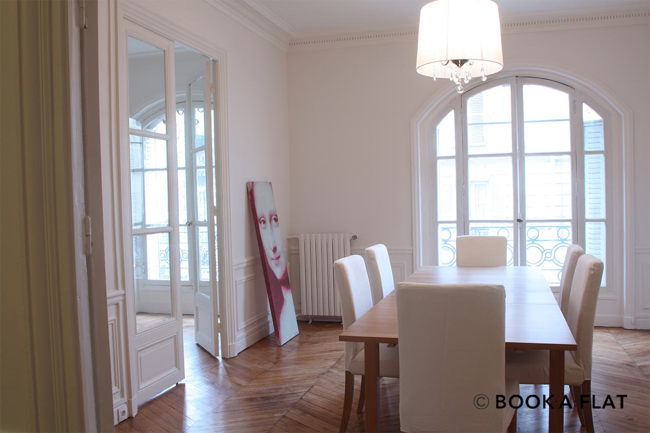 Table dining room with window