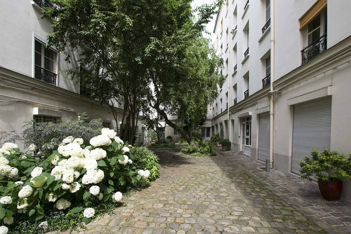 Apartment Paris Rue de Picardie 10