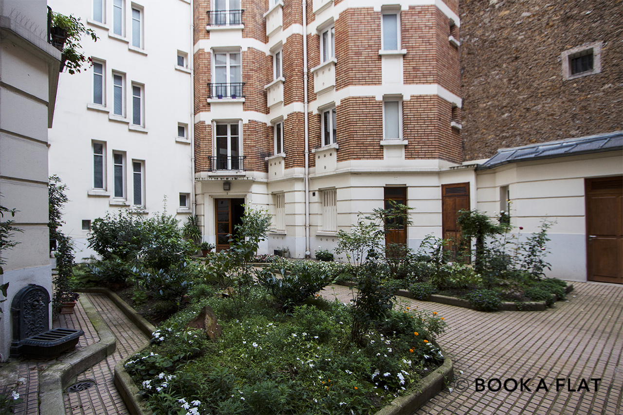 Квартира Paris Rue Barbet de Jouy 11