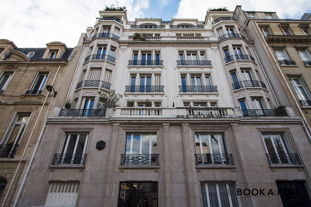 Квартира Paris Rue Barbet de Jouy 12