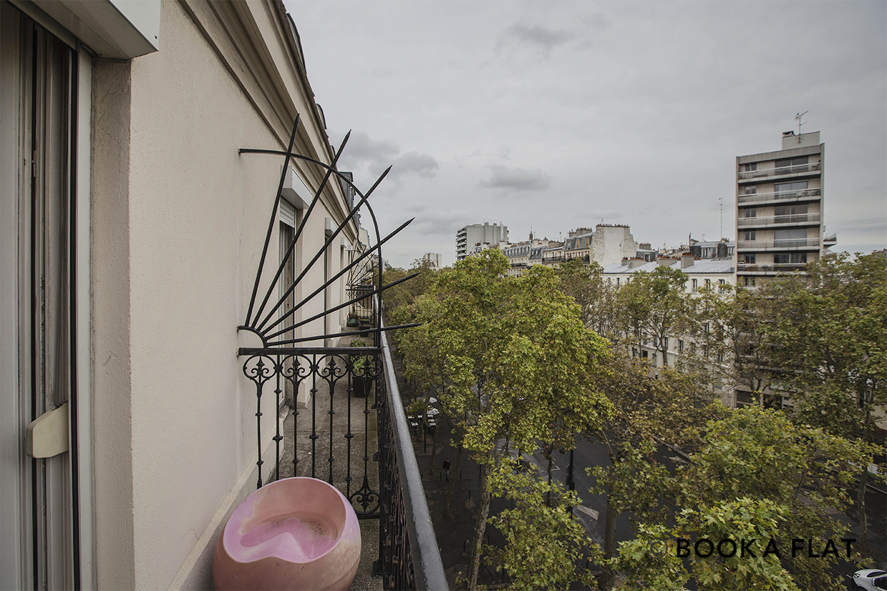 Apartment Paris Boulevard de Reuilly 11