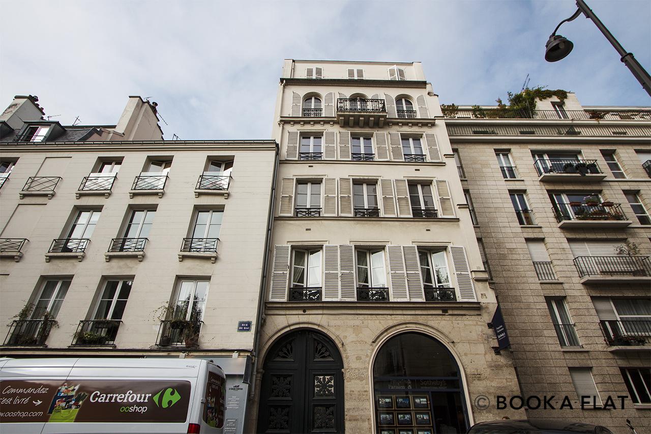studio for rent rue du bac paris ref 10134. Black Bedroom Furniture Sets. Home Design Ideas
