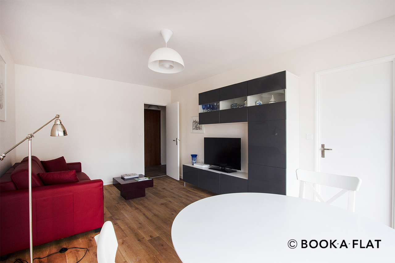 Paris Rue de Lourmel Apartment for rent