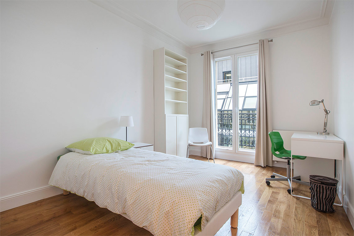 Apartment Paris Rue du Montparnasse 11