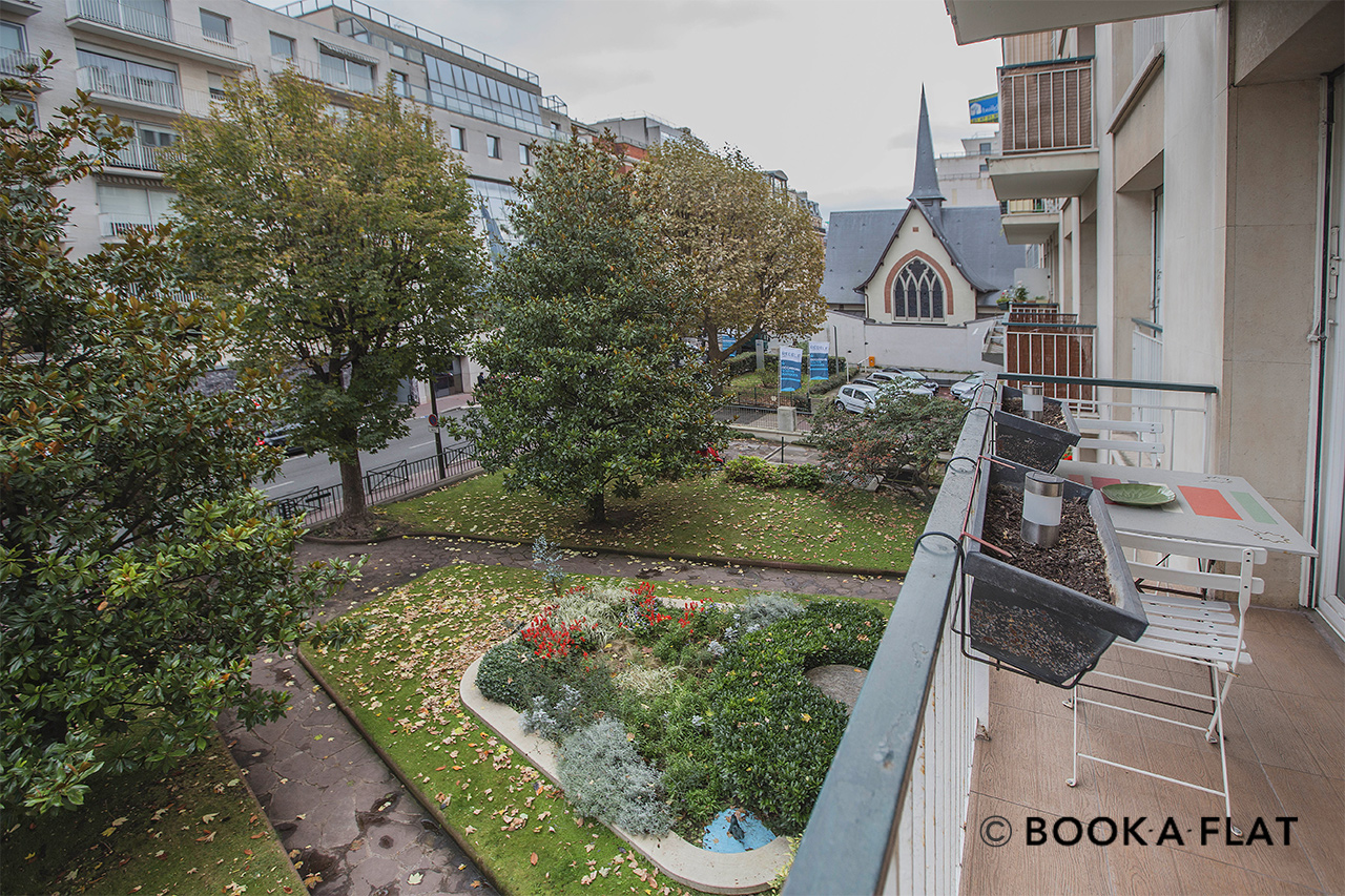 Apartment Levallois Perret Rue Anatole France 12