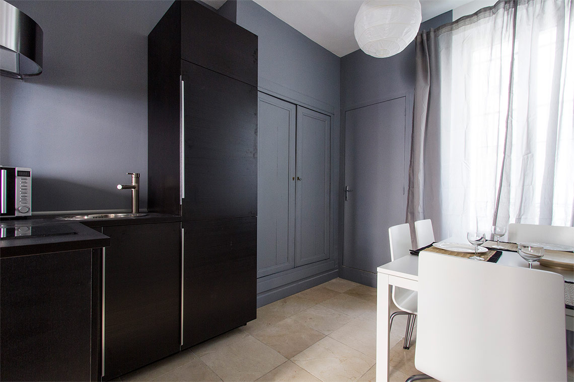 Apartment Paris Rue de Plaisance 8