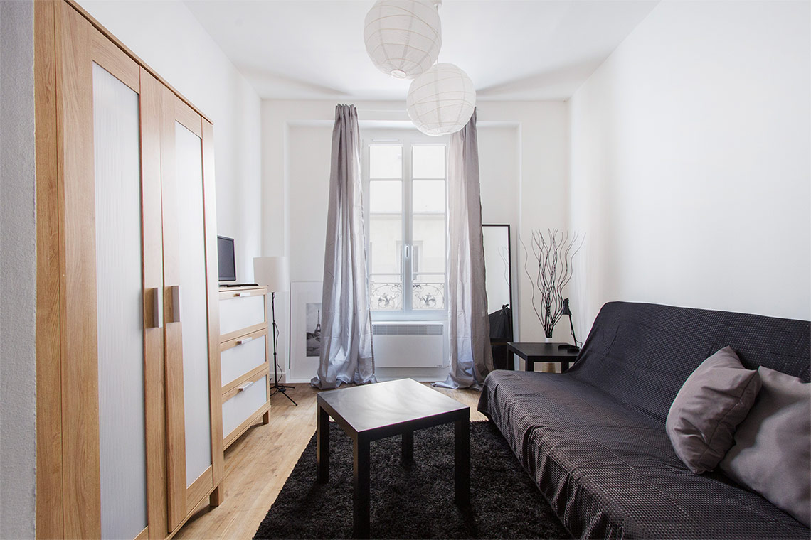 Furnished apartment for rent Paris Rue de Plaisance