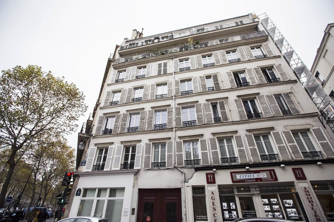 Apartment Paris Rue Castex 9