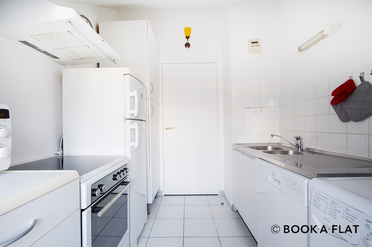 Apartment Paris Rue Vignon 8