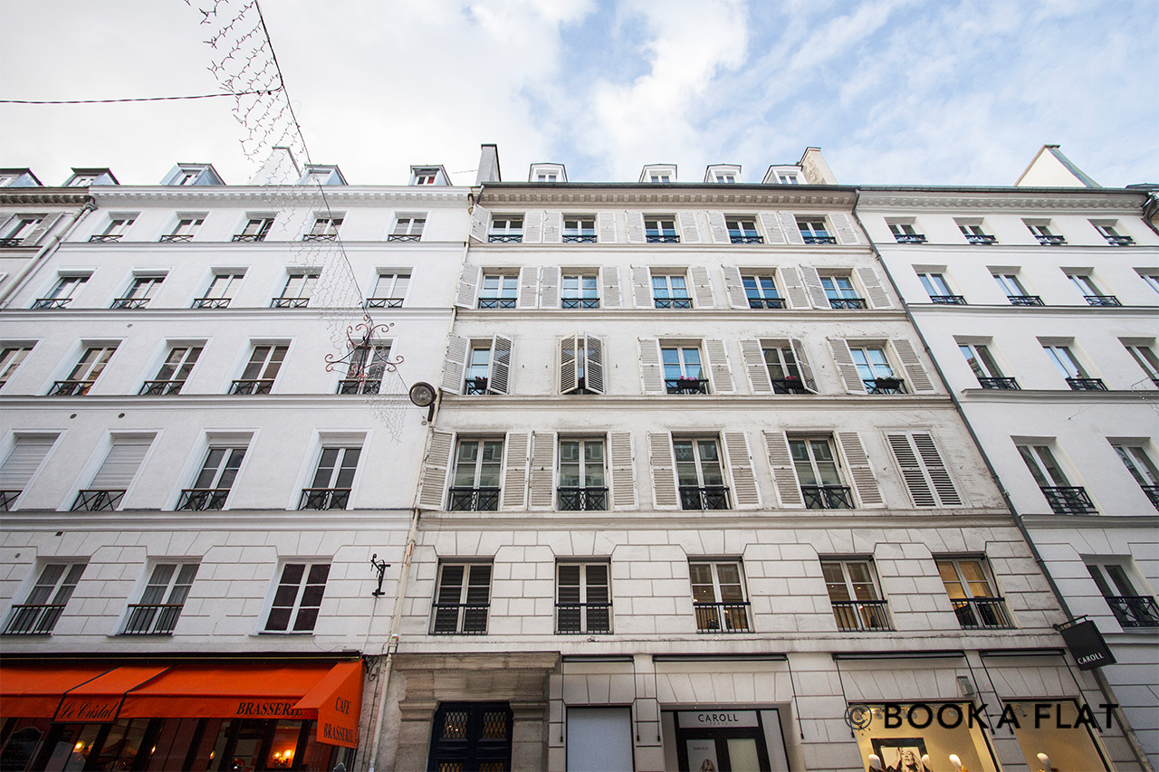 Apartment Paris Rue Vignon 12