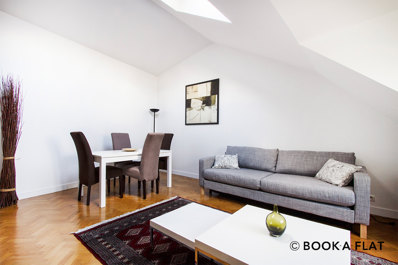 Apartment Paris Rue Vignon 4