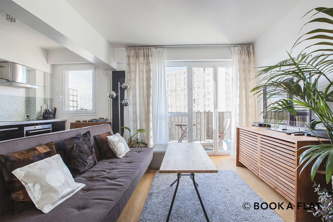 Paris Rue de Reuilly Apartment for rent