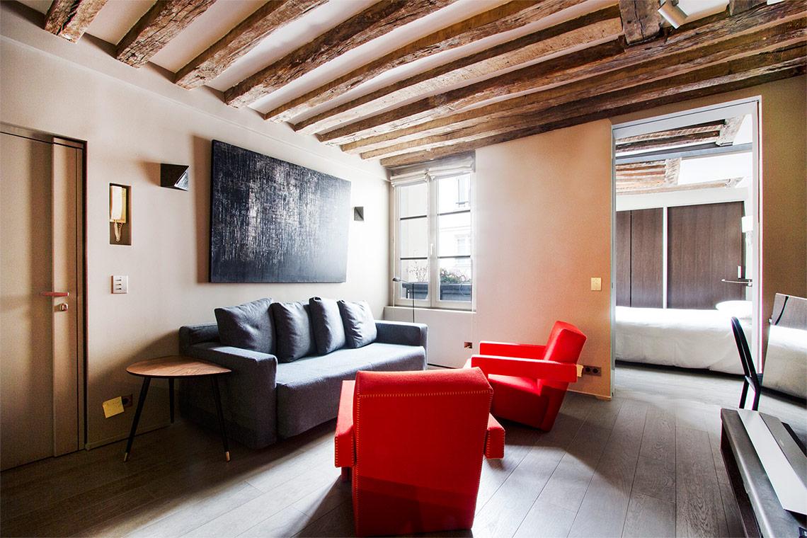 Location appartement meubl rue de verneuil paris ref 10460 for Location de meuble paris