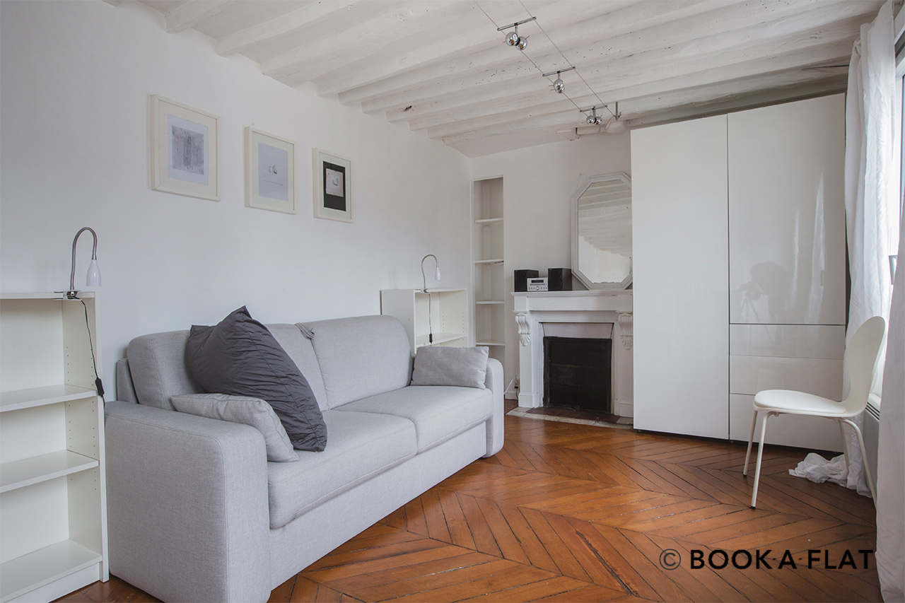 Furnished apartment for rent Paris Rue Rougemont