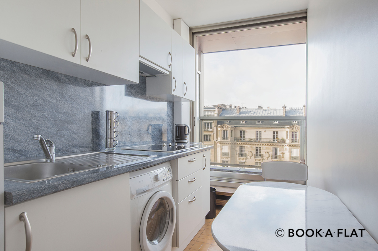 Apartment Paris Boulevard Flandrin 5