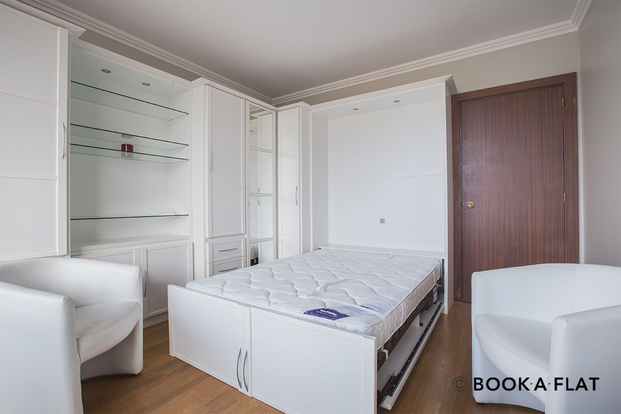 Apartment Paris Boulevard Flandrin 4