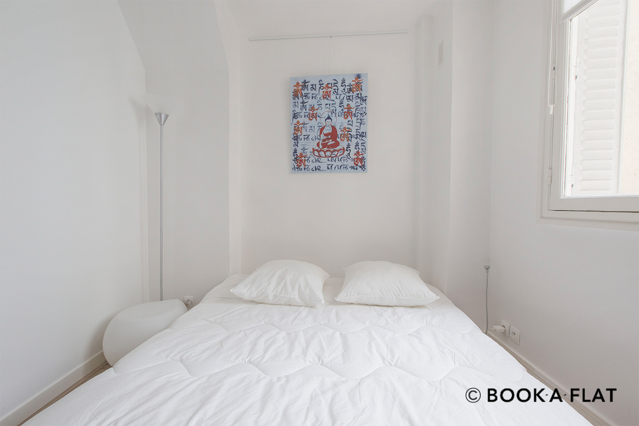 Apartment Paris Rue Alasseur 8
