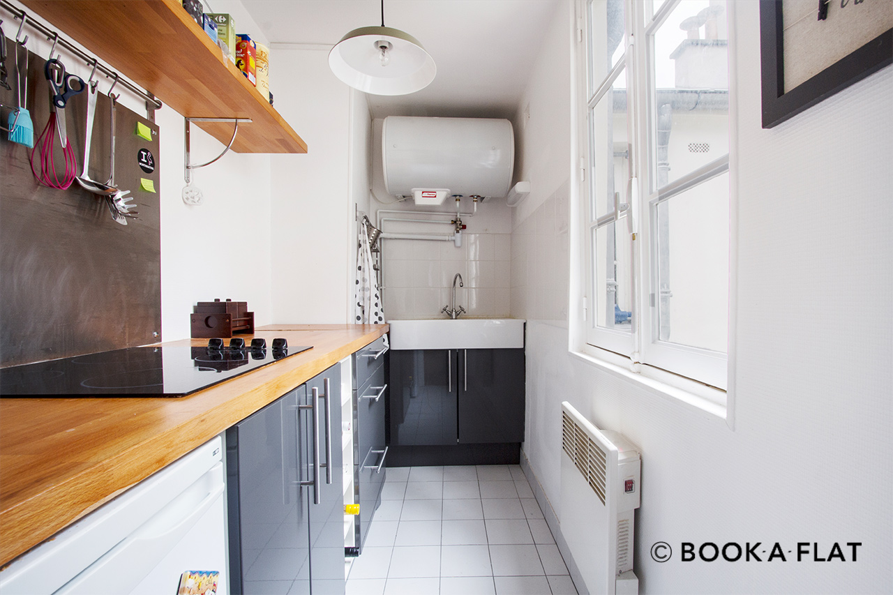 Apartment Paris Rue Muller 6